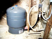 Well & Pump Services in Oakland County, MI | Mike LaLone Well Service - conventional_bladder_tank